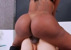 Ebony TS dominates a lucky guy