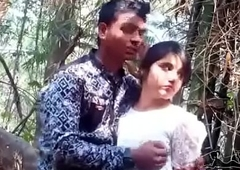 jungal me mangel comprehend boy around girlfriend