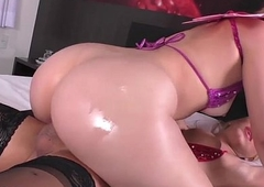 Busty shemale Barbara Perez drained off n sucked apart from Nina Luna