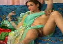 indian she tempt a prepare nearly saree