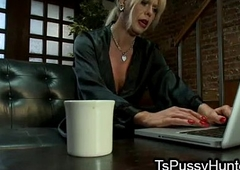 Busty tranny dick deep throated at thick situation