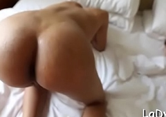 Inserting cock in a tranny'_s a-hole